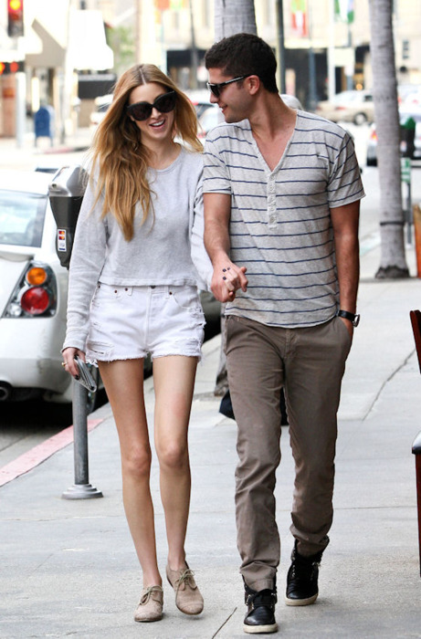 Whitney Port Has A Date With Boyfriend Ben And The Nail Salon