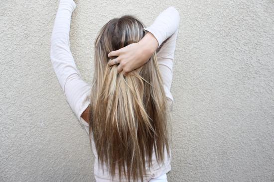 фото девушек с мелированием сзади