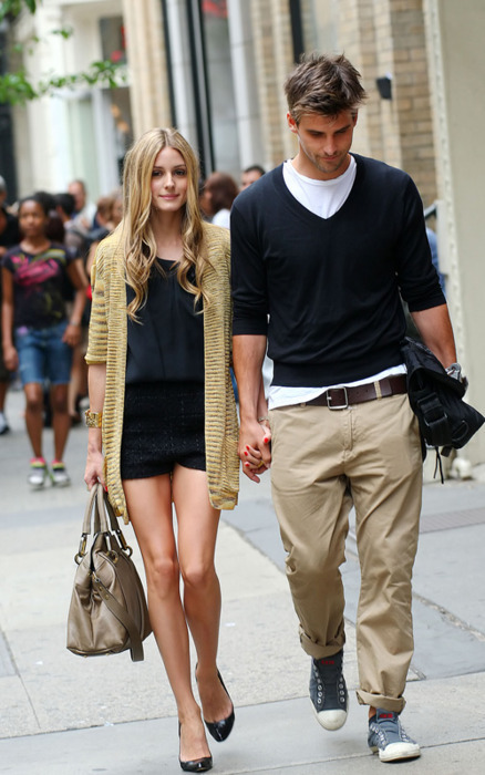 Olivia Palermo and Brad Leinhardt walk down the stairs at the Apple Store in Soho then happily stroll the streets hand-in-hand